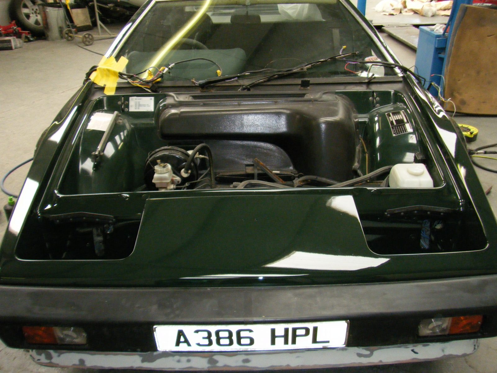 1983 Lotus Esprit Turbo 18